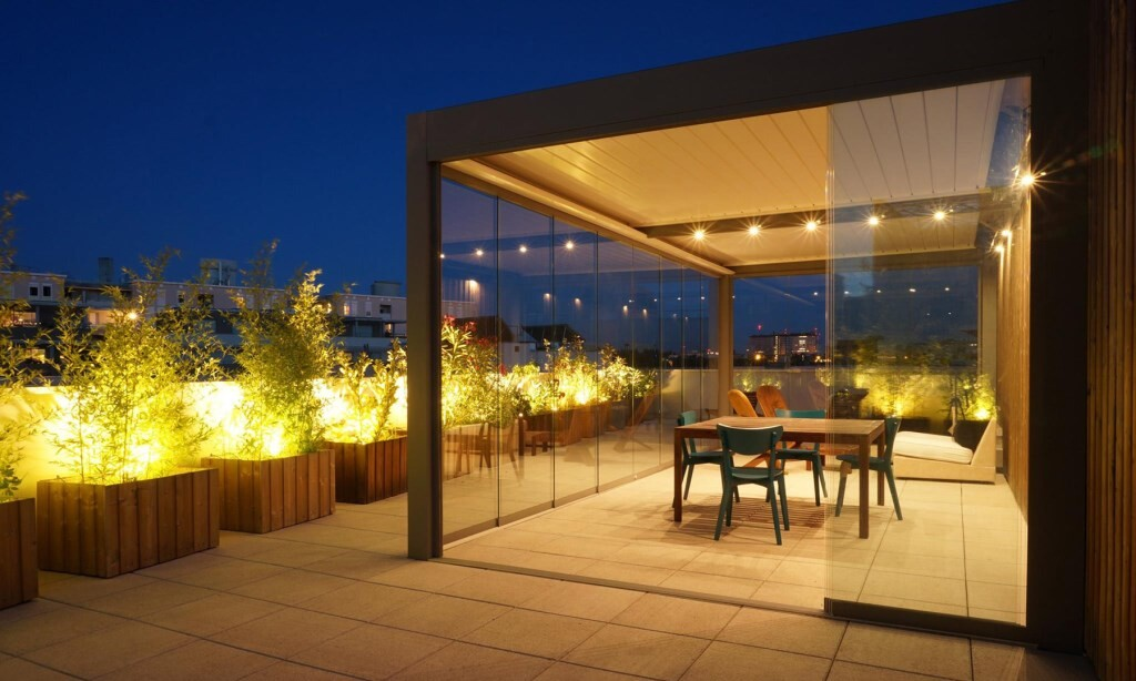 Bioclimatic Pergola Sliding Glass Panels and Lights